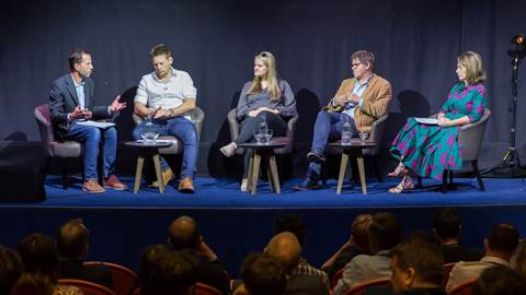 Travel-on-TV-panel-session